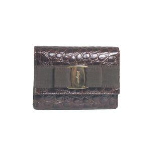 Bolsa-Salvatore-Ferragamo-Vintage-Mini-em-Croco-Marrom