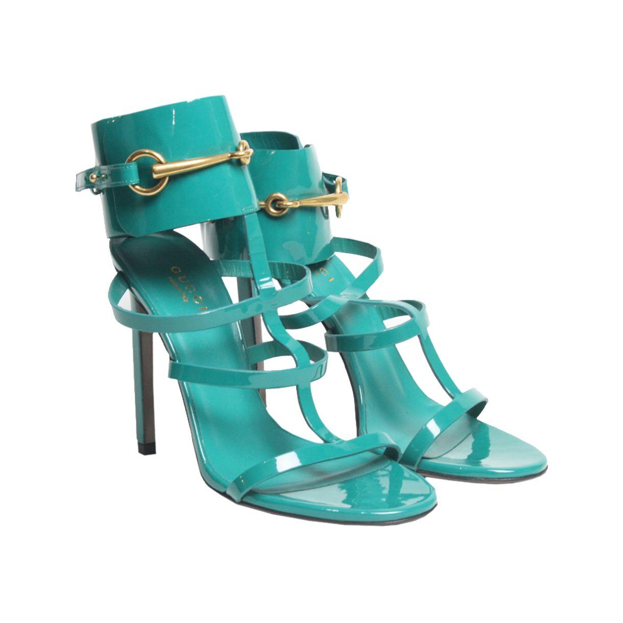 Sandalia-Gucci-Horsebit-Verniz