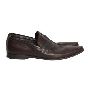 Sapato-Prada-Couro