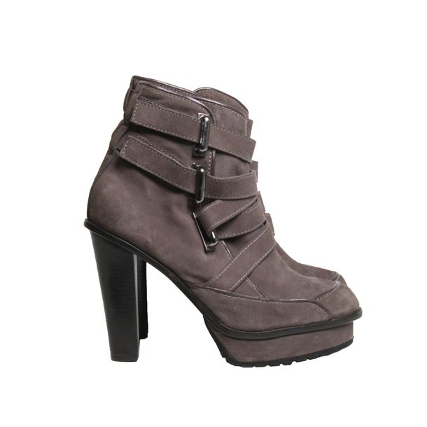 Ankle-Boot-Cris-Barros-Camurca