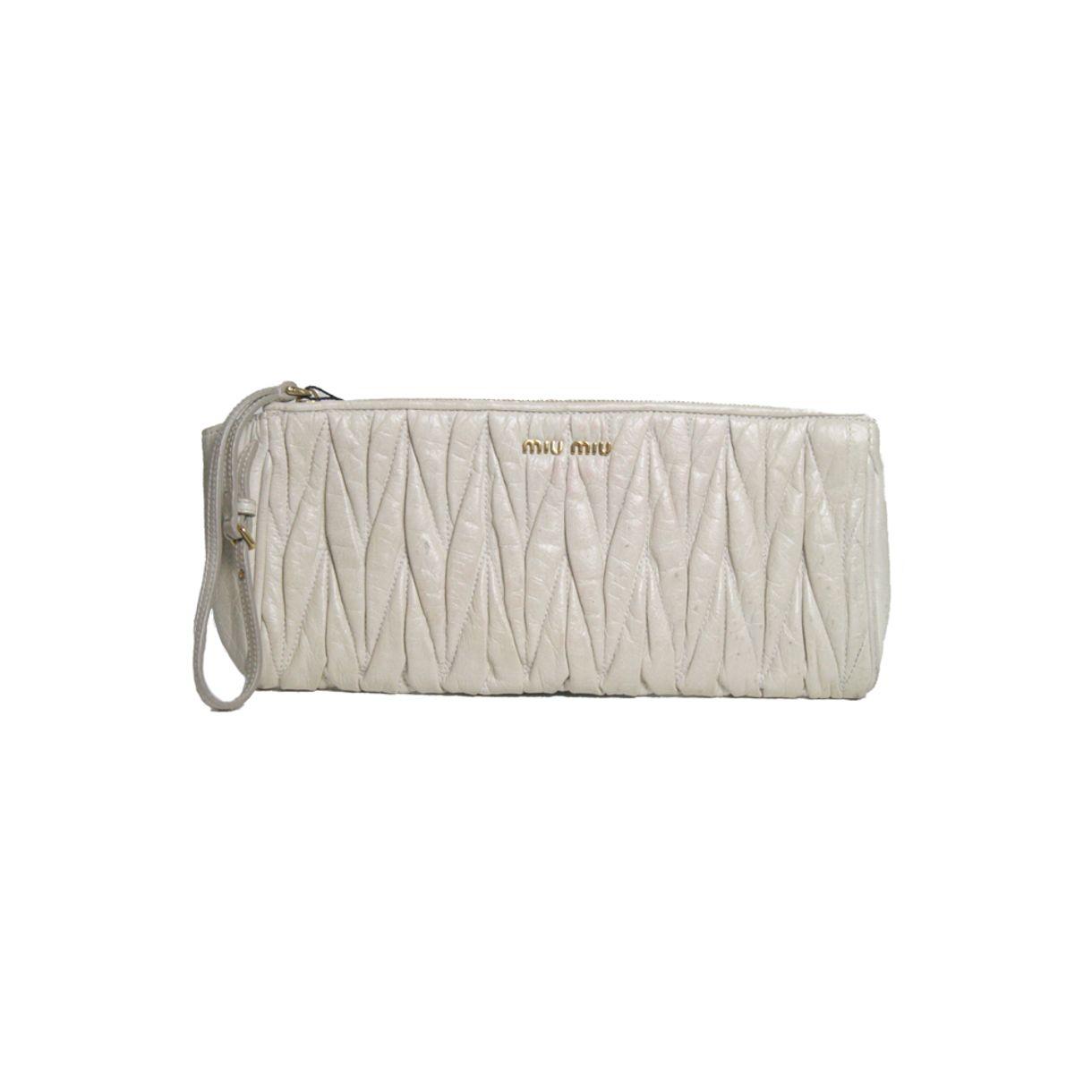 Clutch-Miu-Miu-Matelasse-Leather-Wristlet-Off-White