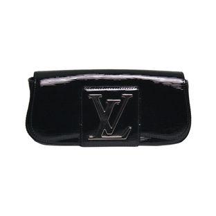Clutch-Louis-Vuitton-Verniz-Preta