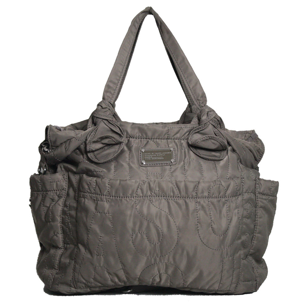 5bac5348450 Bolsa Marc by Marc Jacobs Quilted Diaper Bag Cinza. Previous