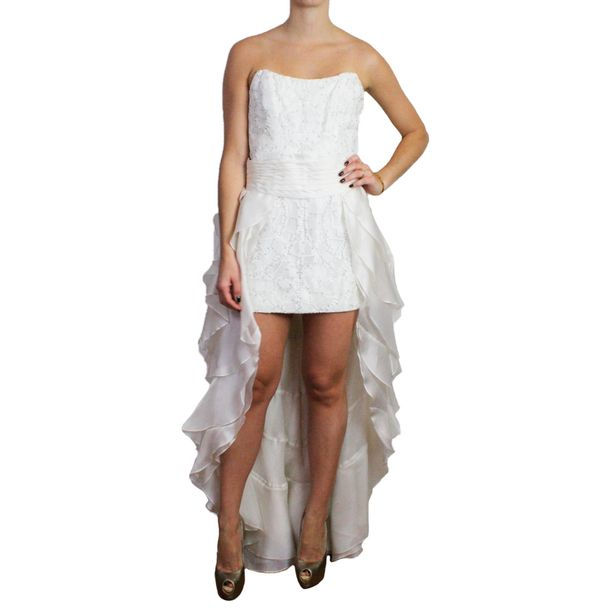 Vestido-Martha-Medeiros-Branco-com-Strass-e-Saia-Longa-Branca-Babado
