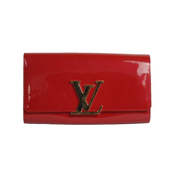 874f83666 Clutch Louis Vuitton Verniz Vermelha | Brechó de luxo - prettynew