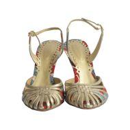 Sandalia-de-Salto-Bottega-Veneta-Intrecciato-Dourada