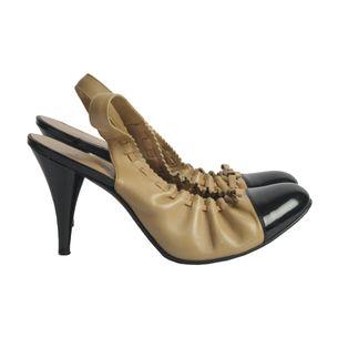 Sapato-de-Salto-Chanel-Couro-Bege-e-Preto