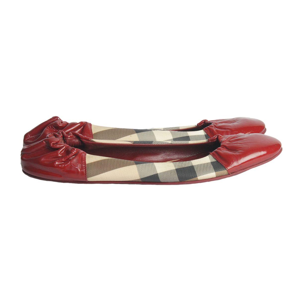 Sapatilha-Burberry-Verniz-Vermelho