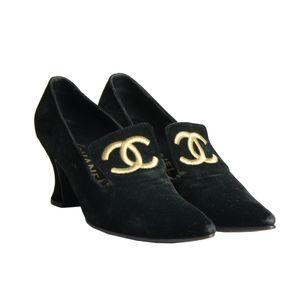 Salto-Chanel-Louis-XIV-Veludo-Preto