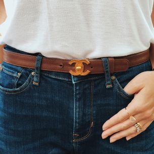 Cinto-Chanel-Vintage-Basico-Couro-Marrom-com-CC-Turn-Lock-Dourado