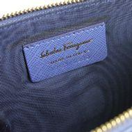 Clutch-Salvatore-Ferragamo-Azul