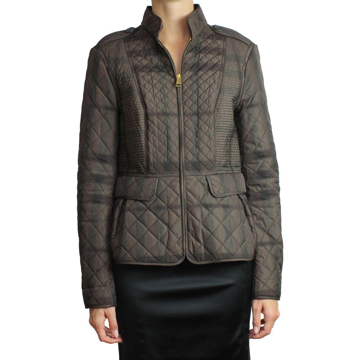 casaco-burberry-matelasse-marrom