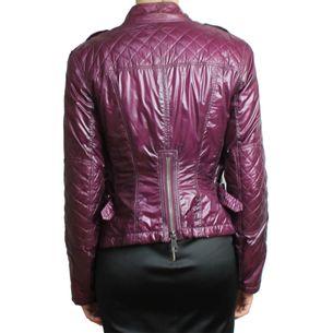 casaco-burberry-matelasse-impermeavel-roxo