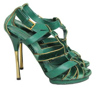 Sandalia-Gucci-Veludo-Verde-com-Detalhes-Dourados