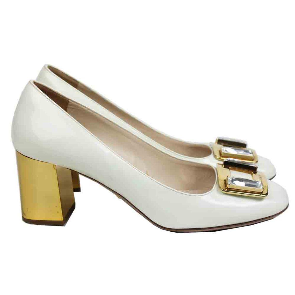 Sapato-Prada-Verniz-Branco