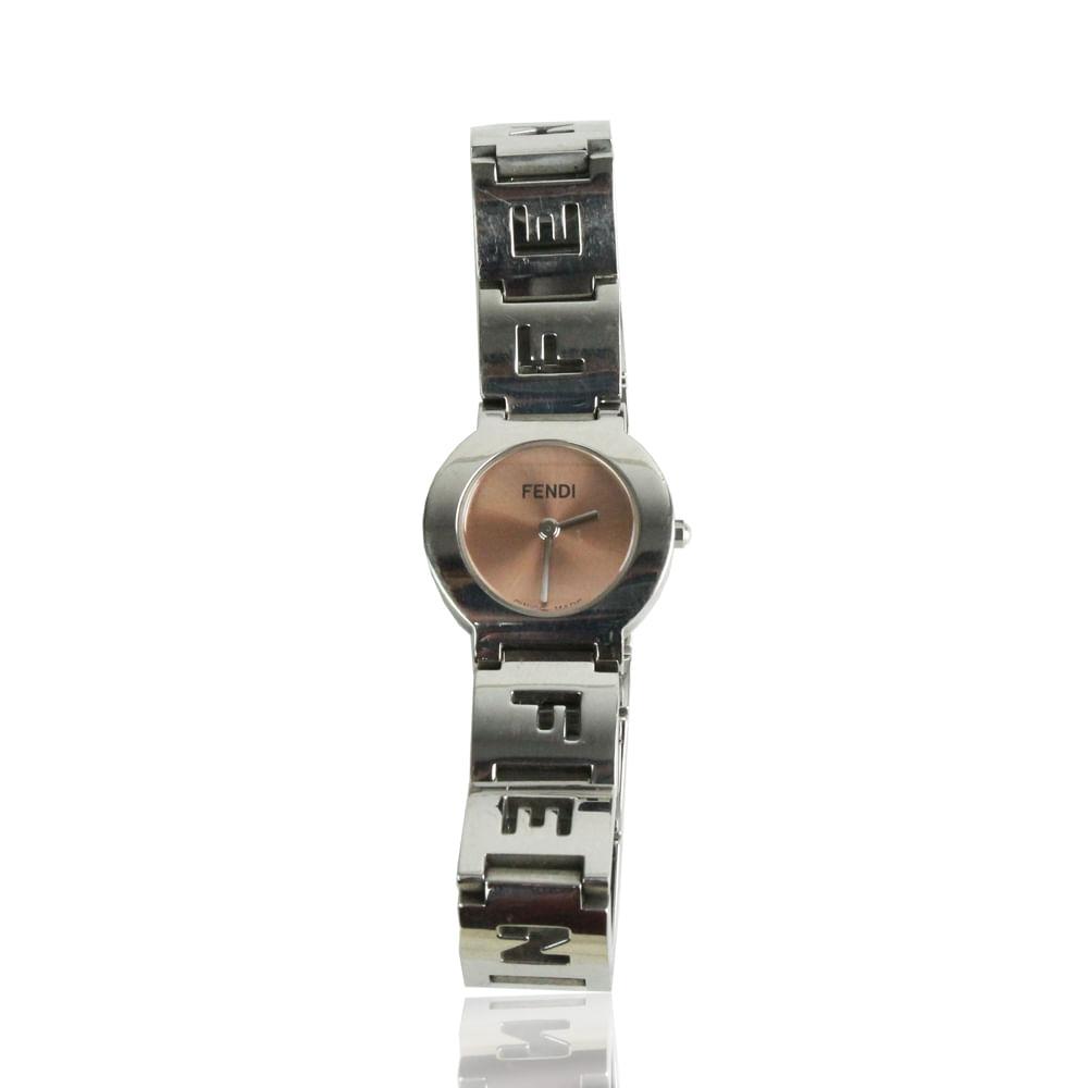 f2aa91d1202 Relógio Fendi Vintage