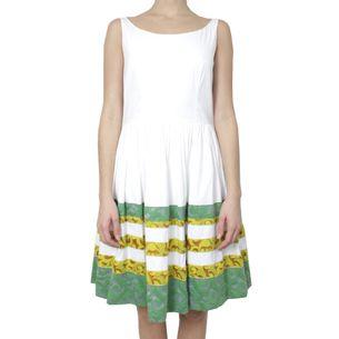 Vestido-Prada-Branco-com-Brocado-