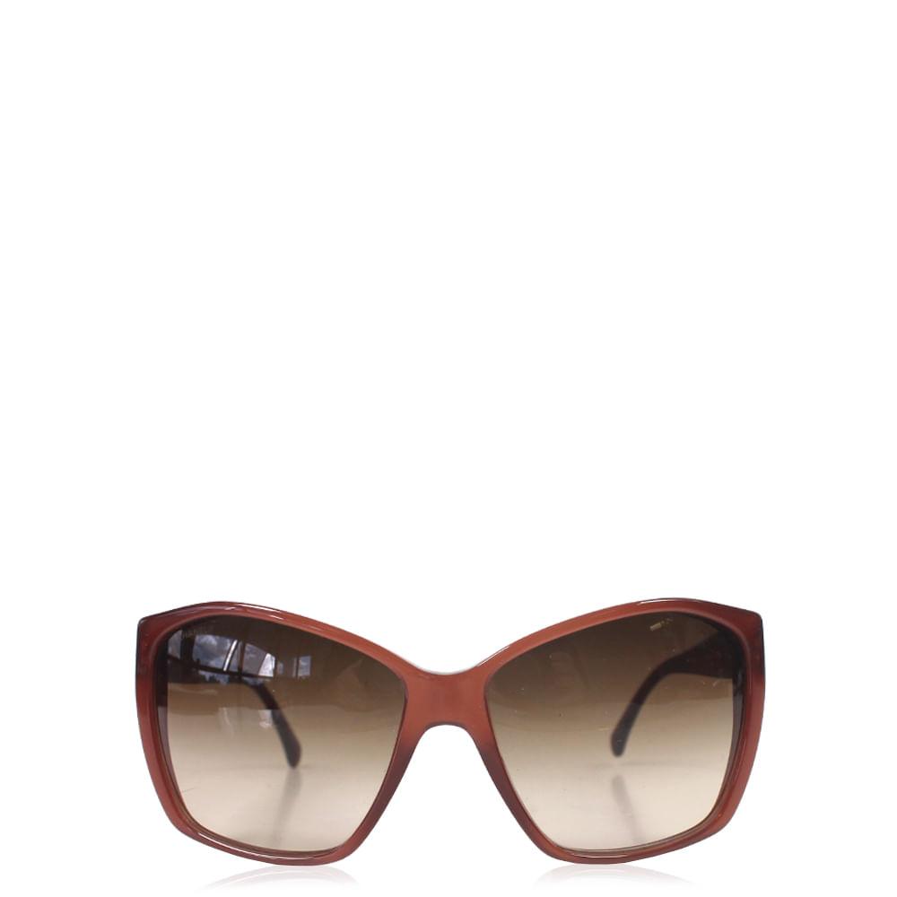 Óculos Chanel   Brechó de luxo - prettynew d38a2e84ab