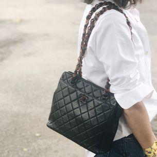 bb568f8e3b69a ... Bolsa-Chanel-Quilted-Vintage-Preta-com-Tartaruga