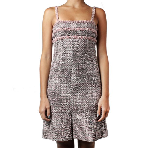 Vestido-Chanel-Tweed-Rosa