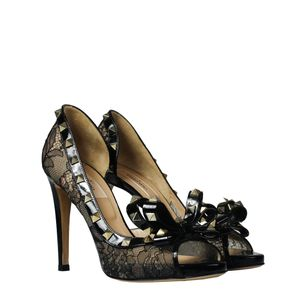 Sapato-Valentino-Rockstud-Renda