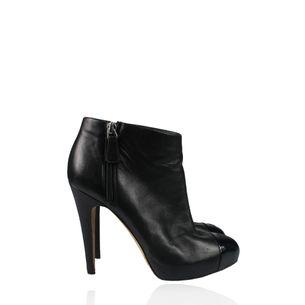 2fec8a8e53 Sapatos Femininos de Grife Importados