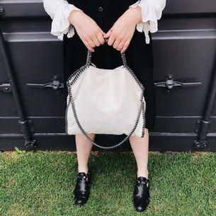 Bolsa-Stella-McCartney-Falabella-Branca