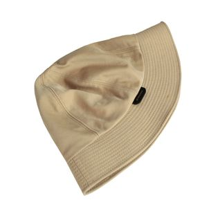 Chapeu-Burberry-Bucket-Bege
