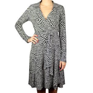 Vestido-Diane-Von-Furstenberg-Estampado-Preto-e-Branco