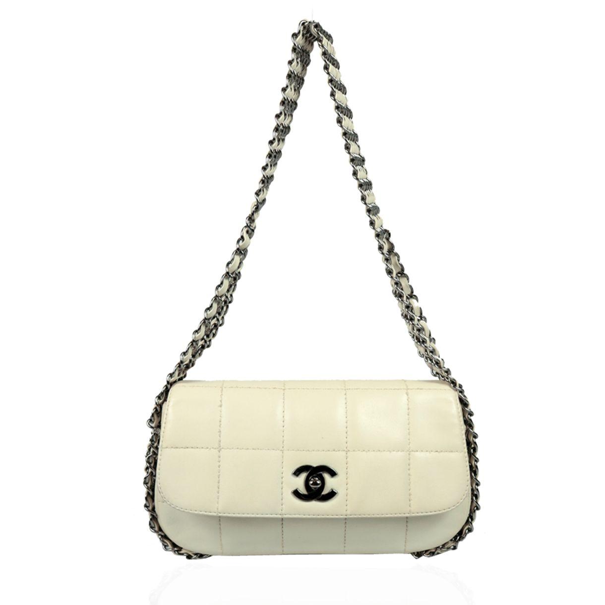 Bolsa-Chanel-Chocolate-Bar-Correntes-Branca
