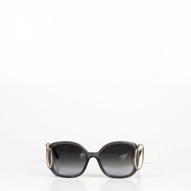 Oculos-Chloe-Cinza-e-Dourado