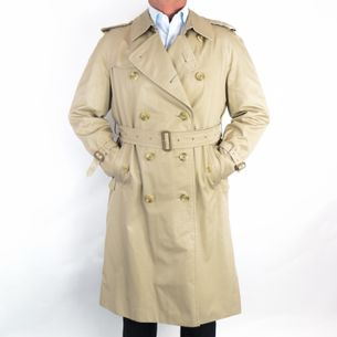 Trench-Coat-Burberry-Ed.-Limitada-Bloomingdales-Bege