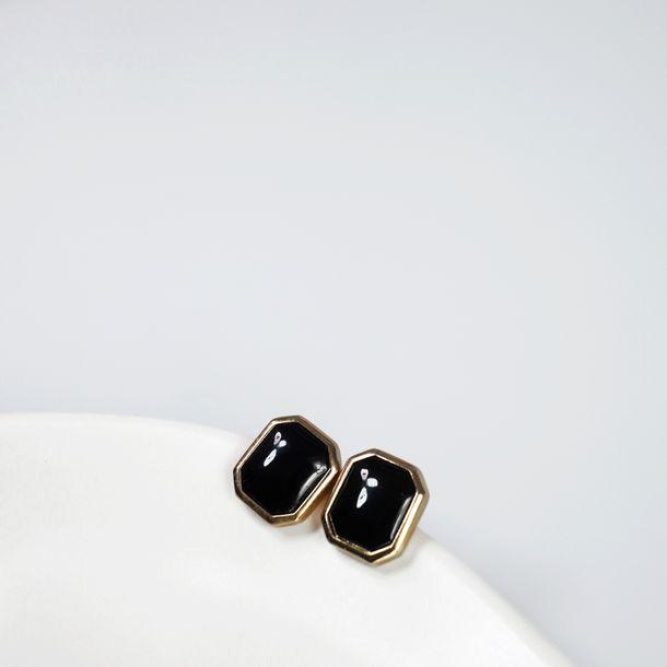 Brinco-de-Pressao-Christian-Dior-Octagonal-Pedra-Preta