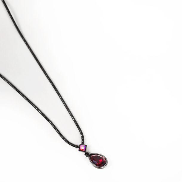 Colar-Givenchy-Negro-Pedra-Vermelha