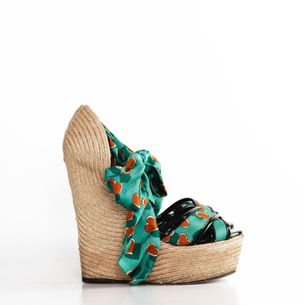 Sandalia-Gucci-Seda-Coracao-Verde