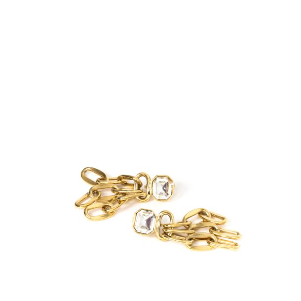 Brinco-Givenchy-Tres-Correntes-Dourado