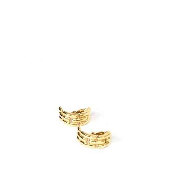 Brinco-de-Pressao-Meia-Argola-Corrente-Dourado