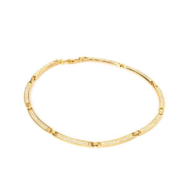 Colar-Christian-Dior-Estruturado-Cravejado-Dourado