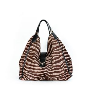 Bolsa-Gucci-Soft-Stirrup-Zebra-Marrom