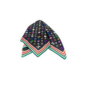 Lenco-Louis-Vuitton-Seda-Monograma-Colorido
