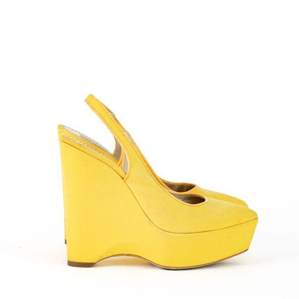 Salto-Anabela-Stella-McCartney-Lona-Amarelo