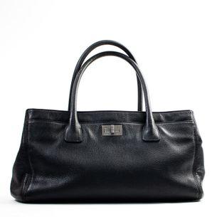 Bolsa-Chanel-Couro-Preta