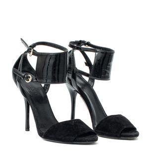 Sandalia-Gucci-Camurca-Preta