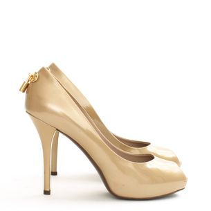 Peep-Toe-Louis-Vuitton-Verniz-Dourado