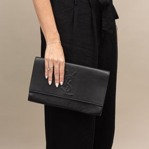 Clutch-Saint-Laurent-Belle-de-Jour-Couro-Preto