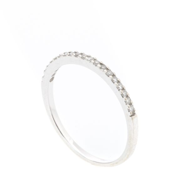 Anel-Coralli-Aparador-Ouro-Branco-com-Diamantes