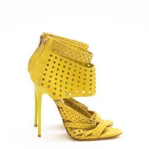 Sandalia-Jimmy-Choo-Camurca-Amarela