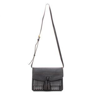 Burberry-Macken-Black-Leather-Bag
