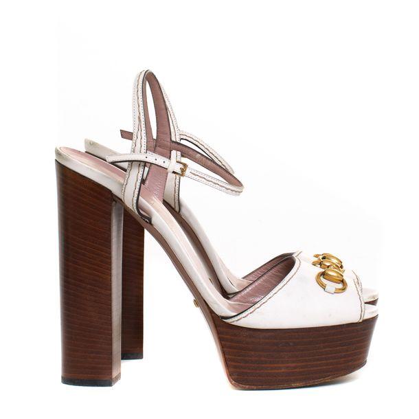 Sandalia-Gucci-Horsebit-Verniz-Branco
