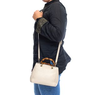 Mini-Bolsa-Gucci-Bamboo-Shopper-Creme